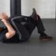 Front Kick vanaf de grond met Justin uitgelicht